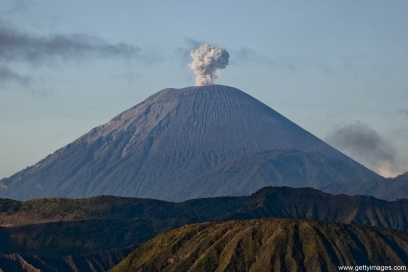 KAMCHATKA: LIFE ON A VOLCANO