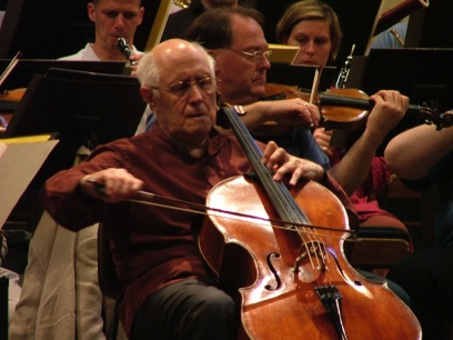 WAR AND PEACE OF ROSTROPOVICH